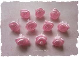 (R-004) 10 satijnen roosjes - licht roze - 10mm
