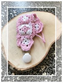Gehaakt speenkoord - mini-granny's - roze/wit