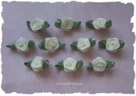 (RMb-020a) 10 satijnen roosjes met blaadje - ivoor - 27mm