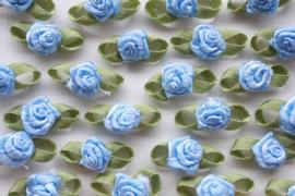 (Rb-039) 10 satijnen roosjes met blaadje - jeans blauw - 2cm