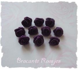 (R-020) 10 satijnen roosjes - donker paars - 10mm