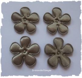 (BLE-052a) 4 satijnen bloemen - licht bruin - 35mm