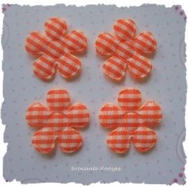 (BLr-001h) 4 geruite bloemetjes - oranje - 22mm