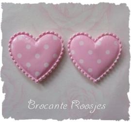 (H-033) 2 polka dot hartjes met glans - roze - 35mm
