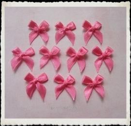 (S-010) 10 satijnen strikjes - roze-fuchsia
