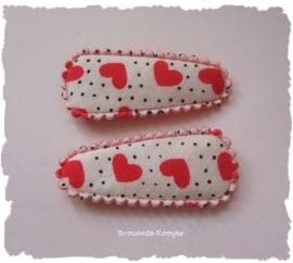 (HOBd-005b) 2 baby hoesjes - hartjes & stipjes - rood - 35mm