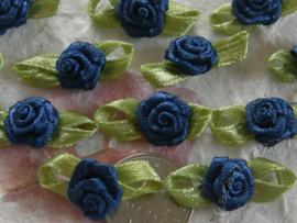 (Rb-040a) 10 satijnen roosjes met blaadje - donkerblauw - 2cm