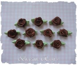 (RMB-014) 10 satijnen roosjes met blaadje - bruin - 3cm
