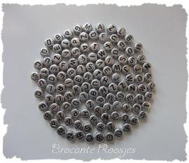 (LET-001z) Letterkraal - rond - zilver