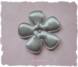 (BLE-074) Bloem - satijn - licht grijs - 47mm