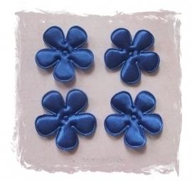 (BLE-019) 4 satijnen bloemetjes - korenblauw - 25mm