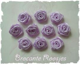 (RM-010) 10 satijnen roosjes - lila - 15mm