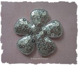 (BLd-032) Bloem - pailletjes - zilver - 45mm