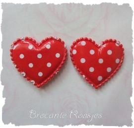 (H-035) 2 polka dot hartjes met glans - rood - 35mm