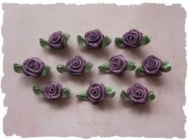 (Rb-016) 10 satijnen roosjes met blaadje - paars - 17mm