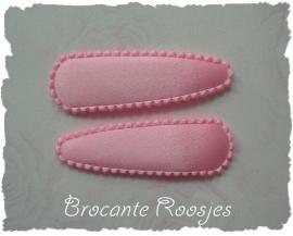 (HOe-003) 2 hoesjes - licht roze - satijn - 55mm