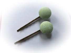 (Skf-020e) Stofknoopje - flatback - 18mm - vintage - bloemetjes - pastel groen (zonder speld)
