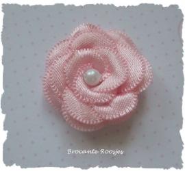 (BLd-037) Bloem met parel - satijn - licht roze - 35mm
