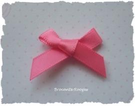 (Sz-009) Strikje - zelfklevend - roze - 25mm