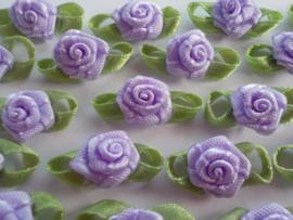 (Rb-041) 10 satijnen roosjes met blaadje - lila