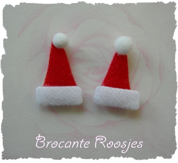 (KE-001) 2 Kerstmutsjes - 3cm