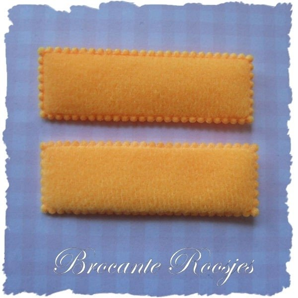 (HO-RE-013) 2 hoesjes - recht - vilt - oranje