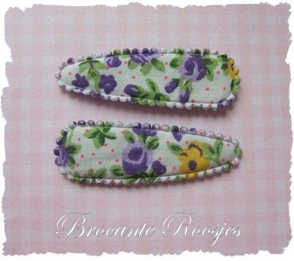 (HOd-028) 2 hoesjes - roosjes & bloemetjes - paars - 55mm