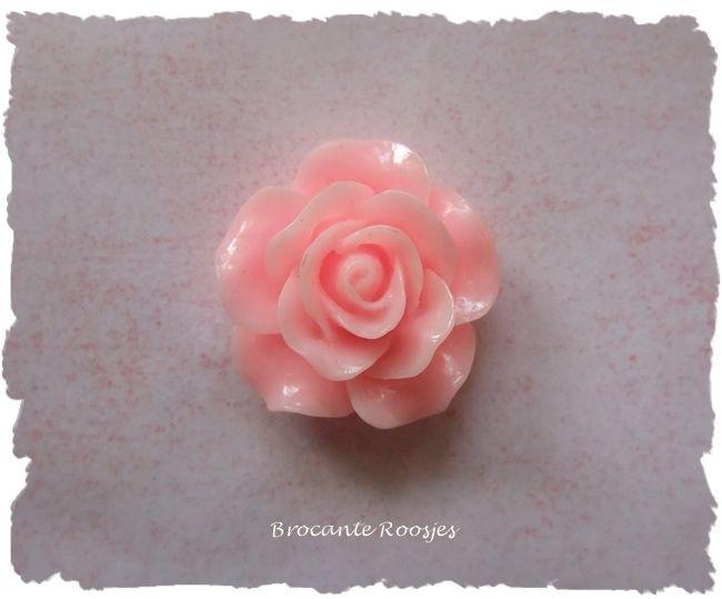 (FLr-015c) Flatback - roosje - zacht roze - 20mm