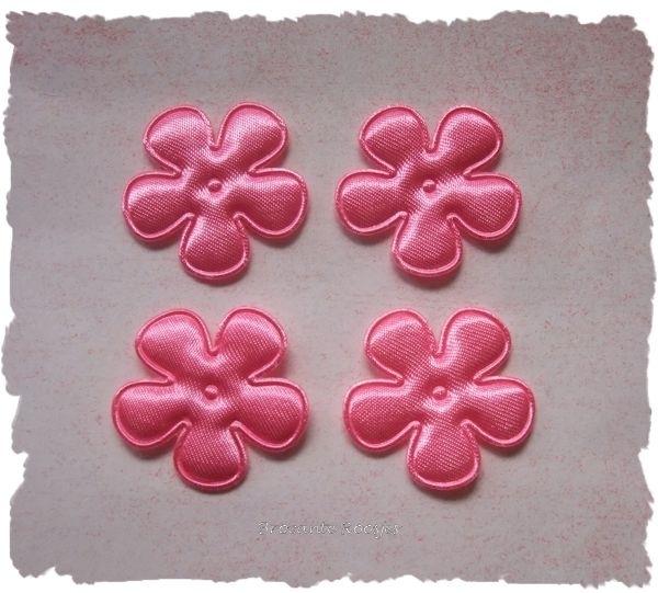 (BLE-014) 4 satijnen bloemetjes - roze- 25mm