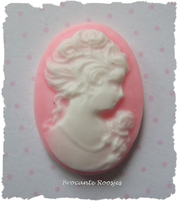 (FL-ca-001) Flatback - camee - brocante dame - roze