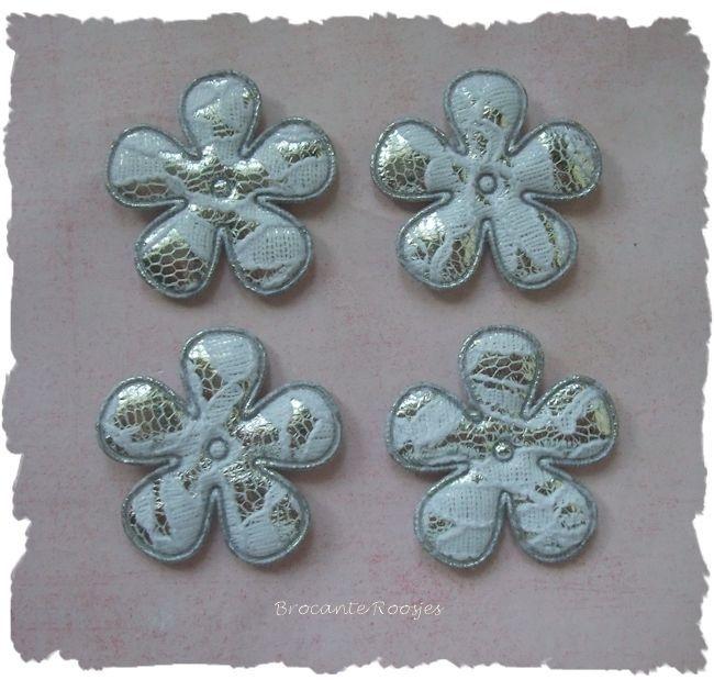 (BL-ka-009) 4 Bloemen met kant - zilver - 35mm