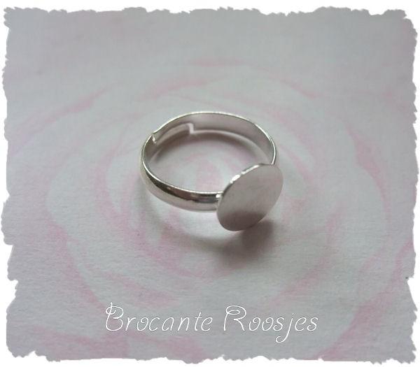 (Rp-002) Verstelbare ring met plakvlakje - 10mm - diameter ring 18mm