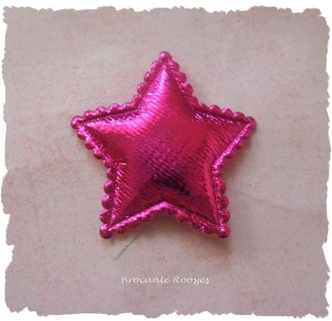 (Ster-052) Ster - fuchsia - 3cm