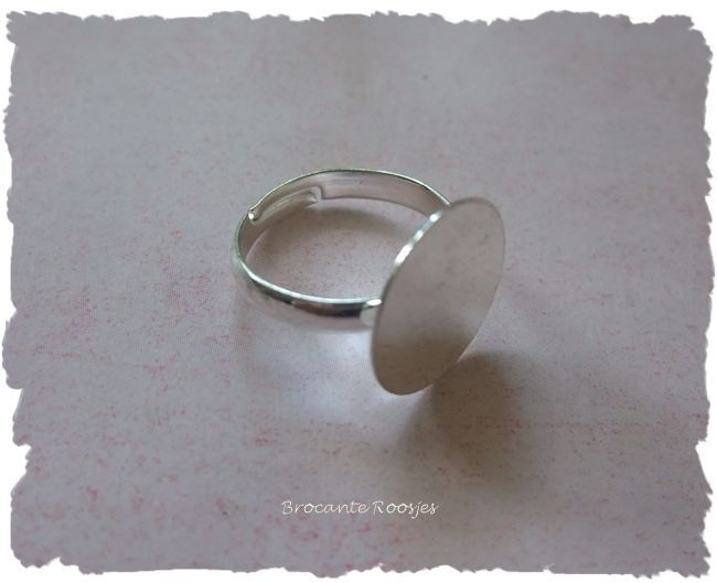 (Rp-006) Verstelbare ring met plakvlakje - 14mm - diameter ring 17mm