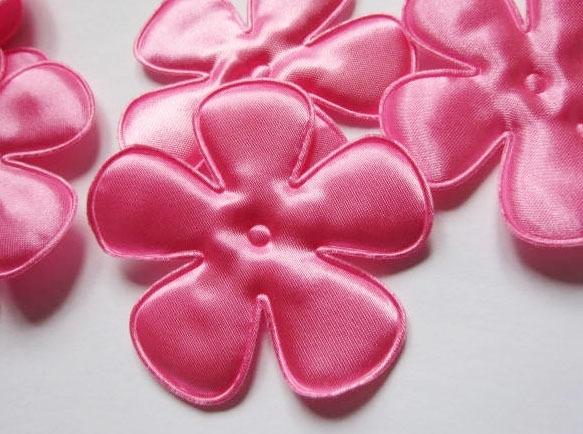 (BLE-081a) Bloem - satijn - roze - 65mm