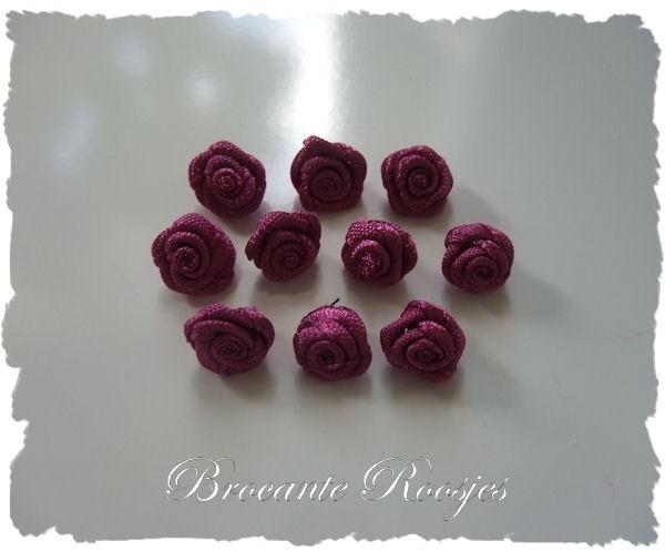 (R-022) 10 satijnen roosjes - heide paars - 10mm