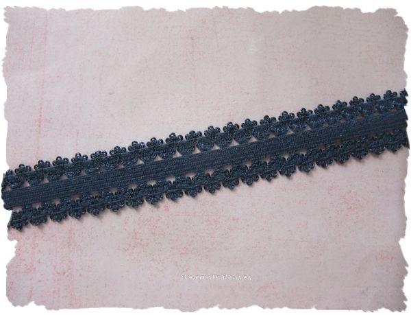 (O-005) Elastisch band met kantje - donker blauw - 22mm breed - 50cm