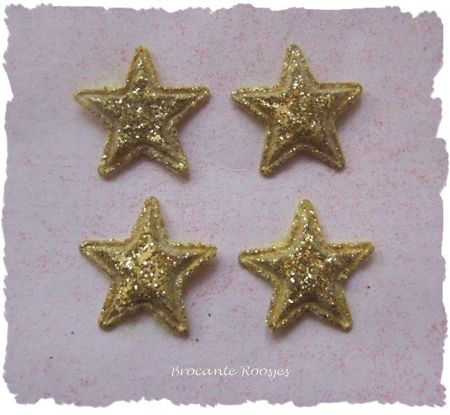 (Ster-014) 4 glitter sterretjes - goud - 13mm