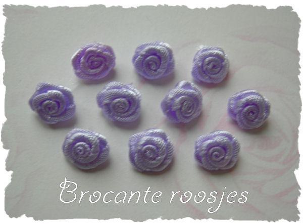 (R-018) 10 satijnen roosjes - lila - 10mm