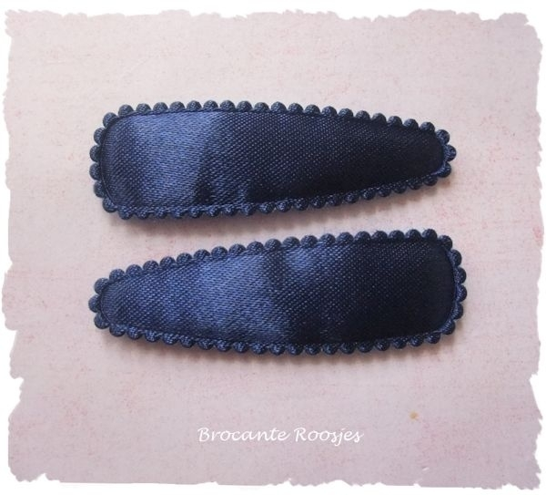 (HOe-015) 2 hoesjes - donkerblauw - satijn - 55mm