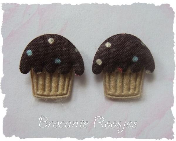 (O-020) 2 Cupcake applicaties - bruin - 2cm