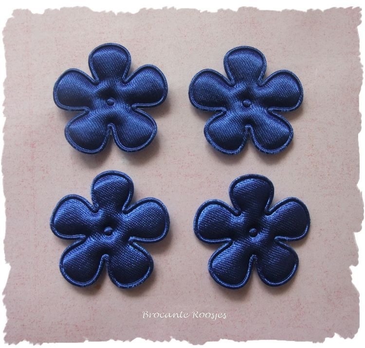 (BLE-019a) 4 satijnen bloemen - royal blue - 25mm