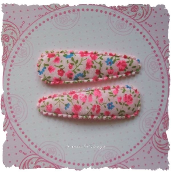 (HOd-047) 2 hoesjes - bloemetjes - roze - 55mm