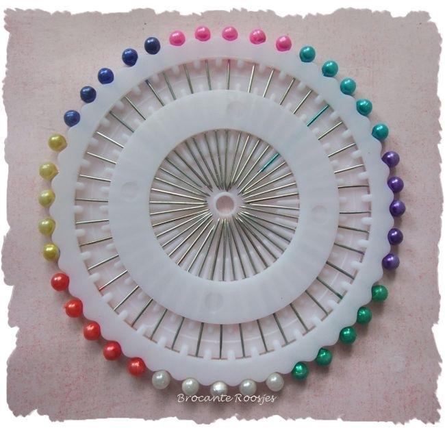 (DIV-010) Spelden met parelknopje - div. kleuren - 40 stuks
