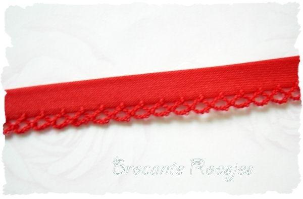 (BI-005) Biaisband met kantje - rood