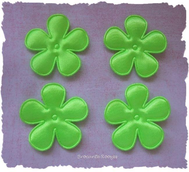 (BLE-051a) 4 satijnen bloemen - neon groen - 35mm