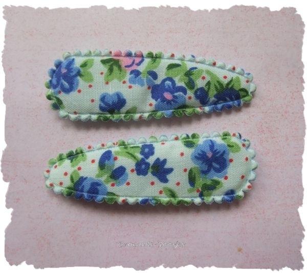 (HOd-027) 2 hoesjes - roosjes & bloemetjes - d. blauw - 55mm