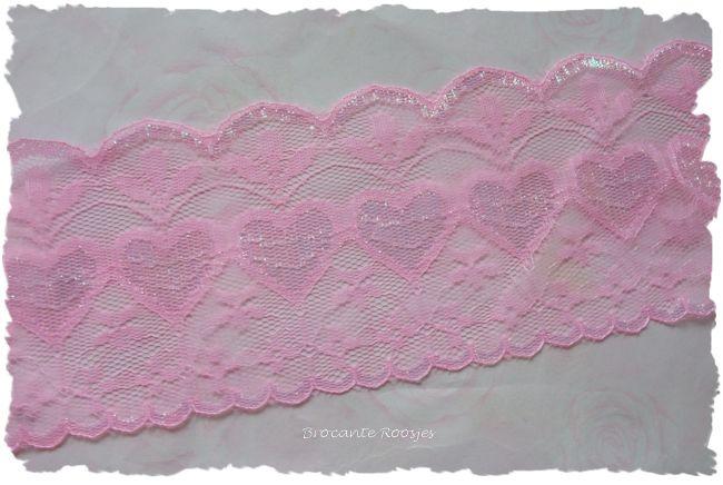 (K-043) Breed hartjeskant - roze - 8cm