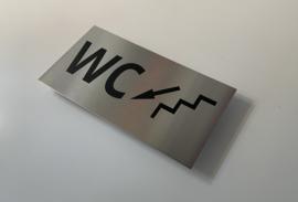 """RVS deurplaatje, opschrift """"WC""""  + pijl trap links omlaag 18x9cm"""