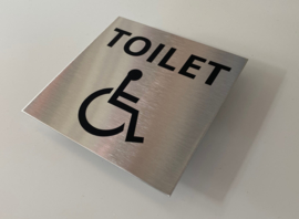 RVS deurplaatje, tekst + pictogram mindervalide toilet 9 x 9 cm
